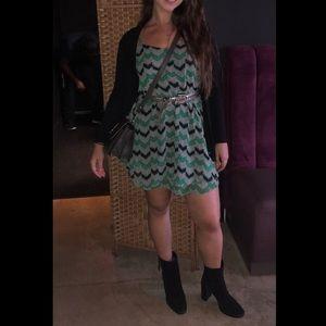 Audrey 3+1 zig zag dress